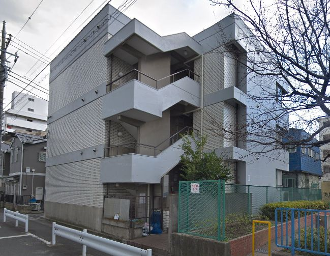 東京都大田区 マンション共用部照明LED化工事完了しました。